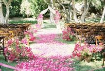 SPRING WEDDING / Ideas and inspiration for a beautiful spring wedding | Sanshine Photography - Luxury Fine Art Wedding Photographer London, Hertfordshire & Destination | www.sanshinephotography.com