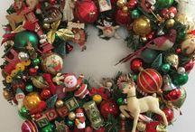 Christmas Wreaths Vintage Ornaments