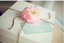 gift wrap ideas / by Tiffany Colmenares