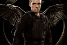 Mockingjay :D / Are you, are you, coming to the tree?