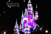 Disney Parks at Christmas / Tips to celebrate and make magic Christmas memories at Disneyland and Disney World