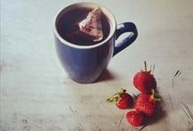 Fruit Tea / We love lazy Weekends reading books and drinking fruit teas!