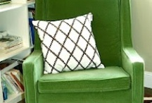 Emerald Green in many forms / 2013 Pantone color of the year is everywhere and here are some examples to share.