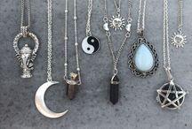 J e w e l r y   a n d   n a i l s / The jewelry I NEED and beautiful nails✨