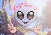 Emoji / :) :* :( :/ :# :P :D