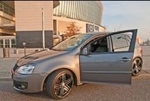 VW Golf 5 mit Sitzbezügen von Seat-Styler / Dieser Golf 5 weiß zu gefallen. Vor allem mit den hochwertigen Sitzbezügen von Seat-Styler!  Mehr Bilder auf: www.seat-styler.de/fotos-vw-golf-5-6/ #seatstyler   #sitzbezüge   #vw   #golf5