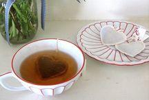 Tea / thee / čaj / by Chris Tree