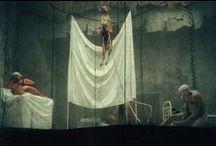 Théâtre / Les photos des critiques théâtrales de delibere.fr