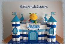 Creaciones con pañales (By Manora) / Creaciones realizadas con pañales como base y objetos para bebés.
