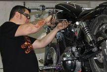 Mecanicos especialistas en Harley-Davidson / El día a día de nuestro taller