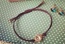 Handmade Jewelry / Handmade Jewellery. Made with Swarovski® Crystals. Find your...handmate!