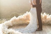 Wedding Planning - Tips and Advice / The best tips and advice on Pinterest for planning a wedding. Everything you need to know about planning for your big day.