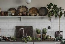 Kök väggar/hyllor