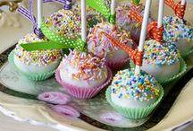 cup cake y bocaditos dulces / by Carmen solaz sanz