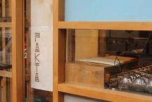 PAKTA / Los hermanos Adrià juntamente con los Iglesias, nos escogen una vez más para el diseño de su último local. Pakta un restaurante de comida Nikkey. Desarrollamos una imagen que combina las dos culturas, Japonesa y Peruana.