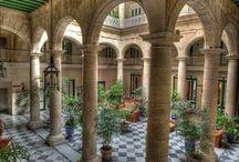 Colonial Architecture & Design