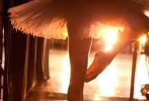 Ballet - Diamoci delle Arie / After 1year of hard work, you find yourself in backstage with bated breath, hoping that everything is for the best. Agitation, excitement, a few moments. Then go on stage ...