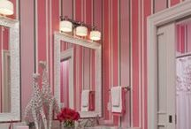 Colors - Pink / From baby pink to hot pink, who can resist this playful color?