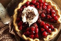 sweets - pies & tarts / by Sylvia