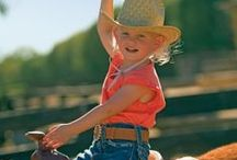 Family Ranch Vacations / Ranch vacation ideas -- all inclusive and on a budget!  Things to know, planning tips for families, dude ranches for kids. Great locations in Wyoming, Montana, Colorado, California, Arizona, New Mexico, Oregon, British Columbia, Washington, Arkansas, Idaho, Nebraska, South Dakota, and more.