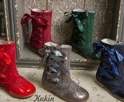 Curiosea en el blog de Kukin Calzado Infantil / Fotos de calzado infantil y juvenil.
