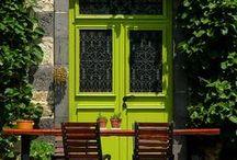 Deuren / Inspiratie voor het schilderen van je (voor) deur. In verschillende kleuren. Verf. Front door. Home. Paint.