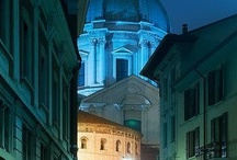 """Città di Brescia / Brescia è il secondo comune della regione per popolazione. La città di Brescia è anche soprannominata """"Leonessa d'Italia"""" per i dieci giorni di resistenza agli austriaci durante il Risorgimento Italiano (dal 21 marzo al 1º aprile 1849)."""