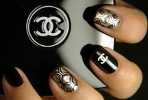 Manicure madness / ..the finishing touch