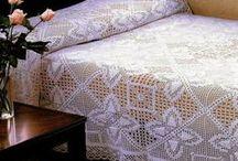 Crochet bedspread and blankets / by Barbara Zarzycka