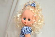 Шью одежду моим  любимым куклам . / Вся одежда на куклах сшита мной.