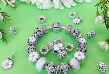 Pandora bracelet ideas and rings stacking