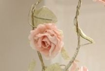 Paper - Craft project and garland / by Jana Coelho