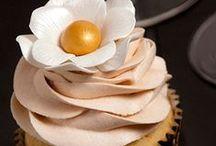 Cupcakes / by Jana Coelho