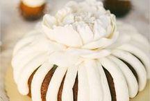 Cakes - Beautiful  / by Jana Coelho