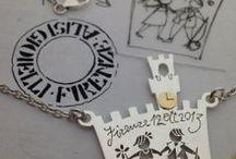 Matrimonio: idee per un regalo unico originale / Qualcosa di originale da regalare per un matrimonio? Camilla e Susanna Alisi hanno avuto alcune idee. Come sempre, le creazioni Alisi Gioielli, sono personalizzabili e se avete una idea originale chiamateci. Siamo artigiani e realizziamo tutto partendo anche da una semplice idea.