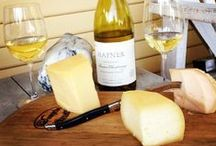 Chardonnay & Food Pairings. / Explore what food pairs well with Chardonnay.
