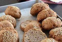 BREAD ALTERNATIVES (PALEO, GF) / Paleo bread, wheat free bread, dairy free bread, paleo bread recipe, low carb bread, almond meal bread recipes
