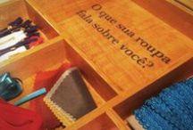 História Têxtil / História do universo têxtil, designers têxteis, artesãos, técnicas, parcerias, eventos e acontecimentos que moldaram a evolução dos tecidos.