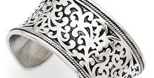 Bangles / #jewelry #bangles #bracelets find more ... https://www.goldia.com/search?page=1&q=bangle+bracelet&type=product