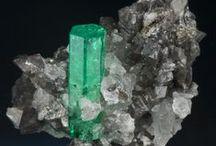 Diamond & Gemstone / Find #Gemstones #Ruby #Emerald #Garnet #Zircon #Green_Quartz #Blue_Quartz #Quartz #Crystal #Diamond and more at :  https://www.goldia.com/search?type=product&q=Loose+Gemstone