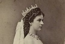 "Sissi: ""I am a seagull that does not belong to any country..."" / Elisabeth of Bavaria, Empress of Austria and Queen of Hungary"