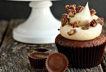 Cupcakes / by Eleanor Horrocks