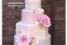 Wedding-Cakes / by Sherry Roberts Dobner