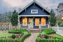 Craftsman Style / Craftsman style homes are all about honesty of design, but they are also honestly beautiful. / by Zillow