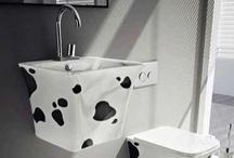 New series with extraordinary materials / Ανανεωμένες προτάσεις που δίνουν χαρούμενο ύφος στο μπάνιο