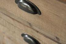 Meubelbeslag / Knopjes | Haakjes | Komgrepen | Slotplaten | Sleutels | Te Koop bij Sprado Verf & Woondecoratie | sprado.nl