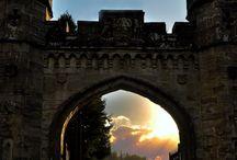 Castle dreams / In my dreams I love in a beautiful castle. In reality I keep my beautiful dreams alive