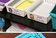 Classroom Ideas / Decorative doors, desk arrangements, reading nooks, and more! #getorganized #classroomresources #teachers