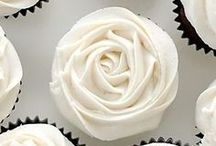 Wedding Cakes & Cupcakes / Celebrate your wedding with an incredible wedding cake -- or cupcakes!