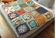Βελονάκι: κουβέρτες, ριχτάρια, μαξιλαροθήκες Crocheted blankets, pillow cases